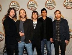 Dave Grohl and Taylor Hawkins with Foo Fighters.