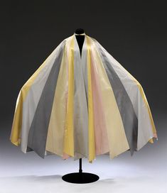 Cape (image 1) | Charles James | American | 1937 | silk | Victoria & Albert Royal Museum | Museum #: T.1-1977