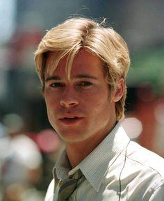 Brad Pitt  Geldiğin yere bak, ondan sonra benim hakkımda konuş ... En azından yetersiz görüntüne baksaydin. (sizin önem verdiğiniz ve asıl yetersiz olduğunuz kriter)!!!