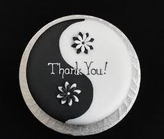 Gorgeous Yin  Yang Thank You #Cake With #Flower detail! We love and had to share!