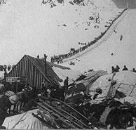 Yukon gold rush: It was easy to get rich-英语点津 Alaska Highway, Yukon Gold, Call Of The Wild, Gold Rush, How To Get Rich, Old West, Discovery, Map, History