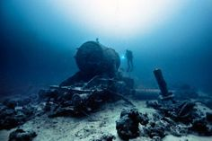 23 Amazing Things Divers Have Discovered At the Bottom Of The Ocean.