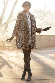 I just got a similar coat. I love the total look. I think I idolize Jessica Quirk!