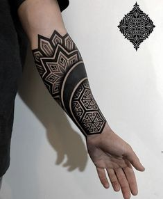 👉👉👉🔜🔜From nobember 13 to december 23 i come back to Essen 🇩🇪 ❤️in my big beautiful family Mandala Tattoo Mann, Mandala Tattoo Sleeve, Tattoo Henna, Mandala Tattoo Design, Tribal Forearm Tattoos, Leg Tattoos, Sleeve Tattoos, Geometric Tattoo Sleeve Designs, Geometric Tattoos Men