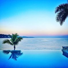 Let this sunset hypnotise you @roundhillresort. #visitjamaica #homeofallright #humpday #holiday #vacation