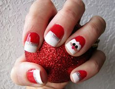 Cutest Holiday Nails! Makes me miss manicuring!