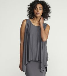 The asymmetric draping -- now how would it feel to wear that, could you carry it off?