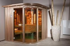 Himalayan Salt Sauna ~ Himalayan Salt has also found it's way into other rooms of the home, including bathrooms, kitchens and even saunas!