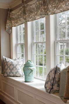 Window-seat Decorating Ideas. Fabric Ideas and Window Treatment Ideas.  Casabella Home Furnishings & Interiors.