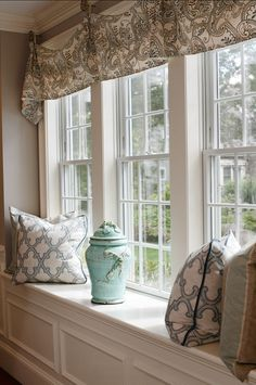 Window-seat Decorating Ideas. Fabric Ideas and Window Treatment Ideas. Casabella Home Furnishings & Interiors.