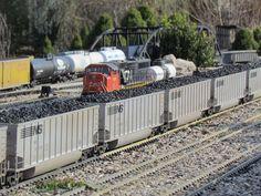 G Scale Garden Train Layouts | Winona Garden Railway Open House 11-17-12 Royal City Model Railroaders ...