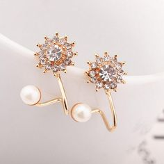 Fine or Fashion:Fashion Back Finding:Push-back Style:Trendy Material:Rhinestone Metals Type:Zinc Alloy Weight:6 g