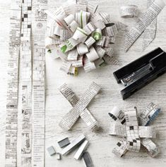 Newspaper bow DIY .... http://www.tasteofhome.com/Recipes/Holiday---Celebration-Recipes/Christmas-Recipes/Food-Gift-Ideas/Print#