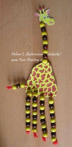 Žirafa z korálků