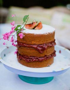 naked-cake-de-fuba-com-goiabada-flavia-valsani-crisvalliasblog 1