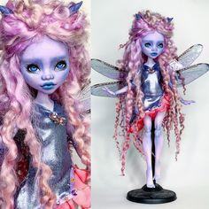 Custom Monster High Dolls, Monster High Repaint, Monster Dolls, Custom Dolls, Monster High School, Doll Painting, Hair Reference, Doll Repaint, Mermaid Art