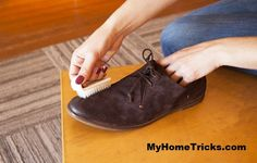 How to clean suede shoes Clean Suede Shoes, How To Clean Suede, Cleaning Hacks, Oxford Shoes, Dress Shoes, Lace Up, Stylish, Stuff To Buy, Cleaning Suede