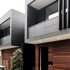 In progress- dual occupancy/ duplex. Creative use of space that drags natural light in through a long and narrow floor plan.  #dualoccupancy #duplex #timber #sydney #nsw #designer #architecture #residential #luxuryhomes #contemporary