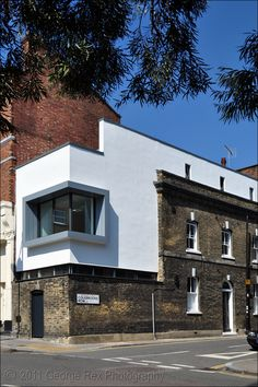 Extension - Colebrooke Row, Architects: Geraldine Walder, DSP Architecture, Feb 2011. Beautiful contemporary extension to terraced house in Colebrook Row. London Borough of Islington.