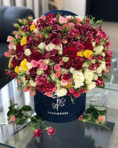 Mothers Day Flowers, Happy Flowers, Love Flowers, Fresh Flowers, Beautiful Flowers, Shabby Chic Flowers, Luxury Flowers, Love Rose, Flower Boxes