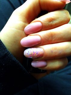 Pink oval nails!