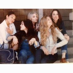 Shay Mitchell (Emily), Lucy Hale (Aria), Ashley Benson (Hanna), Sasha Pieterse (Alison) and Troian Bellisario (Spencer) on the set of Pretty Little Liars. #PLL