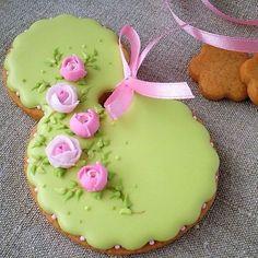 Flower Cookies, Easter Cookies, Galletas Cookies, Cupcakes, Royal Icing, Cookie Decorating, Chocolate, Gingerbread, Biscuits