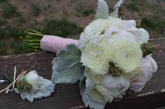 For your stoner sweetie, put some bud into that Valentine's Day bouquet