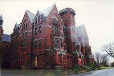 Kirkbride Building, Danvers State Hospital NOBLE Digital Heritage http://heritage.noblenet.org/items/show/15851#