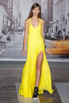 DKNY Spring 2013 Ready-to-Wear Collection