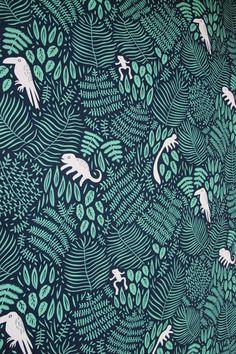 Botanical pattern with animals. Linnéa Puranen