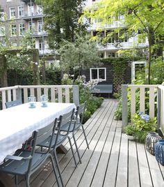 Kleine tuin met verlengde veranda, fotografie: Maayke de Ridder