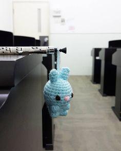 Easter bunny is getting ready for easter. #bagcharm #freshfromtheoven #handmade . . . . #handmade #homemade #handmadewithlove #madebyorder #customized #diy #amigurumi #crochet #crochetaddict #amigurumidoll #yarnlover #yarn #cute #gifts #charm #accessories #bunny by juli_yap