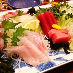 Sashimi!  I just want to dive in...