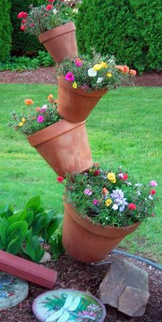 Have you tried any clay pot crafts? The one I found is affordable and so easy! This is just one of many clay pot crafts out there: Container Gardening, Garden, Plants, Garden Projects, Small Gardens, Garden Containers, Outdoor Planters, Planters, Flowers