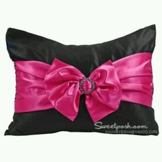 Black and pink bow pillow