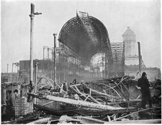 Only a mass of twisted metal and melted glass remains of the Crystal Palace after fire gutted the building. The fire coulod be seen for fifty miles around Glass Structure, Building Structure, Vintage London, Old London, Crystal Palace, Hyde Park, Vintage Photographs, Vintage Photos, London History