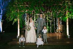 noivos-damas-e-pajens-casamento-vintage