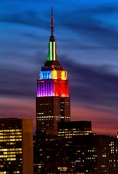 Ah--The BEAUTIFUL Empire State Building showing it PRIDE for ALL the WORLD to SEE--Yes, Yes, Yes!!!  Stunning--Simply Stunning....:O) :O) :O)