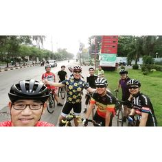 Today's peleton... So sorry that I got crashed and couldn't join the coffee talk  #roadcyclist #roadbike #peleton #roadcycling #jakarta #indonesia