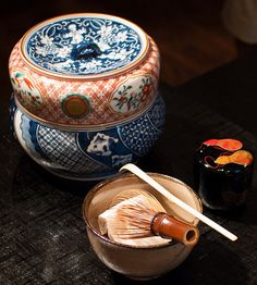 Japanese tea ceremony dishes: this set is quite lovely.