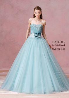 カラードレス|【公式】ティアラ・ブティック|ウェディング衣裳をトータルコーディネート