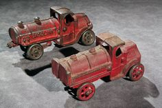 """gatsbywise: """"Gatsbywise Cast iron toy trucks from the twenties - love to be able to add them to my collection. Antique Metal, Antique Toys, Vintage Antiques, Metal Toys, Tin Toys, Vintage Trucks, Vintage Toys, 1980 Toys, Corgi Toys"""