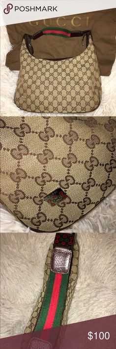 Vintage GUCCI Authentic GUCCI purse with signs of normal wear and tear. Comes with duster bag. Feel free to ask any questions and offers welcome!  Gucci Bags Shoulder Bags
