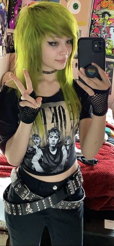 Scene Girl Outfits, Cute Emo Outfits, Edgy Outfits, Cute Scene Girls, Scene Kids, Emo Scene Hair, Emo Hair, Alternative Outfits, Alternative Fashion