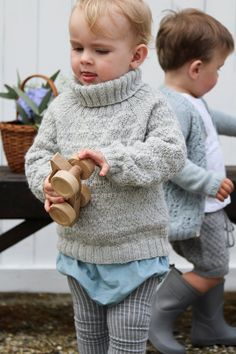 Nordic Autumn Sweater – Knit By TrineP Short Neck, Spring Jackets, Fall Sweaters, Knitting For Kids, Needles Sizes, Leg Warmers, Boy Or Girl, Turtle Neck, Autumn