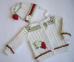 Knitted baby girls jacket with strawberry aplique by MiaPiccina