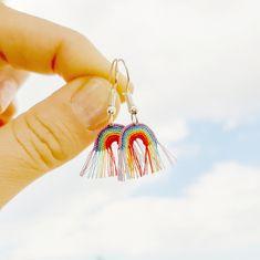 Crochet Earrings Pattern, Crochet Motif, Knit Crochet, Crochet Patterns, Thread Crochet, Crochet Stitches, Clay Jewelry, Jewelry Crafts, Jewellery