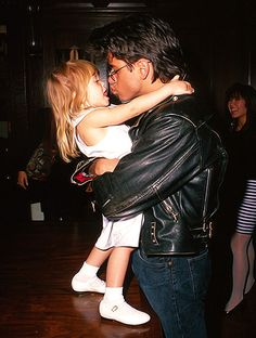 Imagen de full house, ashley olsen, and mary kate olsen Full House Memes, Full House Funny, Full House Quotes, Tio Jesse, Uncle Jesse, John Stamos Full House, Full House Michelle, Full House Cast, Thats 70 Show