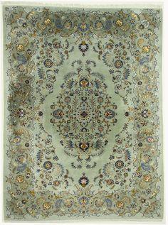 Gegarandeerd een handgeknoopt Perzisch Kashan-tapijt uit Iran  Afmetingen: ca. 396 x 295 cm  Knopen per vierkante meter: ca. 400.000  Vleug: 100% scheerwol  Inslag: 100% katoen  Motief: Medaillon en dieren  Staat: Perfect  Leeftijd: ca. 2 jaar (ecologisch gewassen, in geweldige staat)  Winkelprijs: ca. €8.900,-  Kenmerken: zeer fraai en statig, zeldzaam motief  Al onze tapijten zijn organisch gereinigd, op locatie in Iran, volgens traditionele methoden, u kunt onze tapijten direct in gebruik…